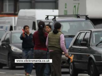 Romanian gypsies in London washing cars