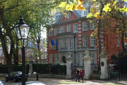Ambasada romana din Londra, Anglia