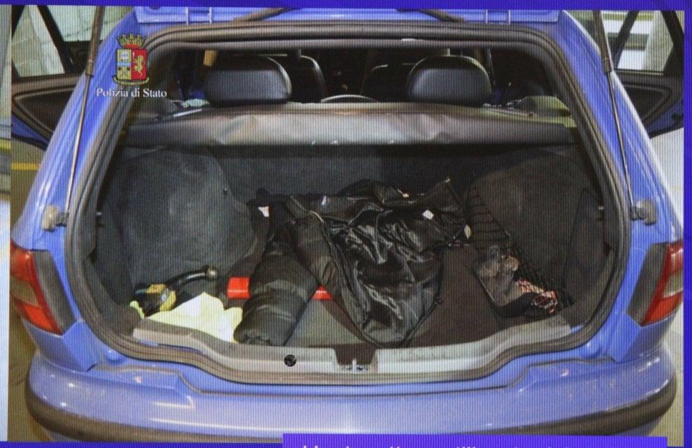 Victima a fost transferata in portbagajul unei masini Volovo