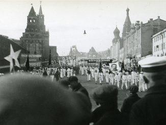 Parada in Piata Rosie din Moscova,1935