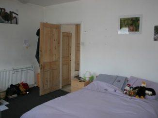Majoritatea românilor care locuiesc in UK isi permit doar o camera